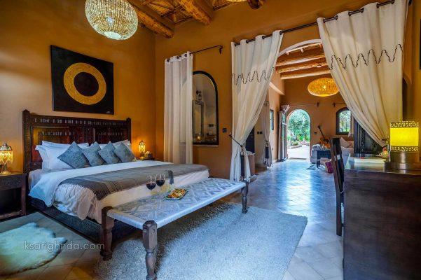 Chambre luxe Hôtel ksar Ighnda
