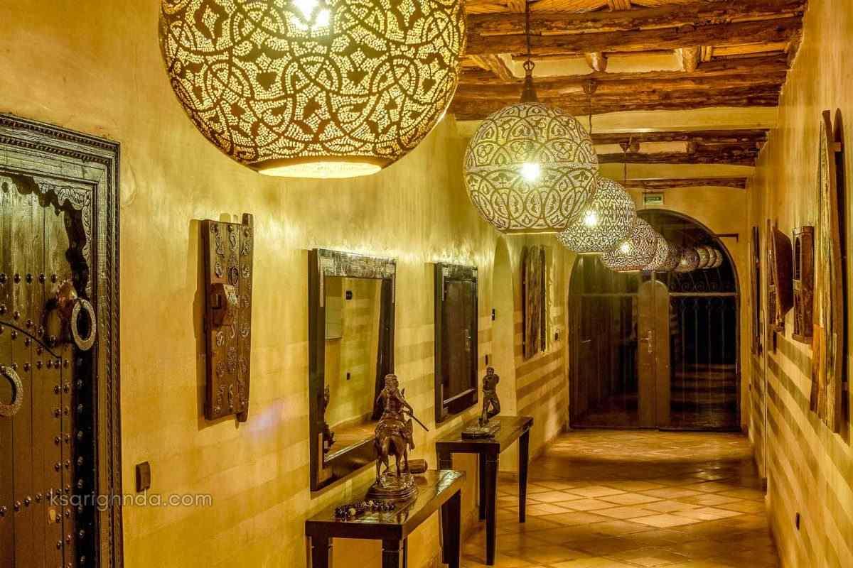 couloir hotel ksar ighnda ouarzazate